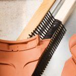 Mundimat dakmaterialen - dak - dakmaterialen - limburg - daktoebehoren - hulpstukken vogelmuisschroot met dubbele kam